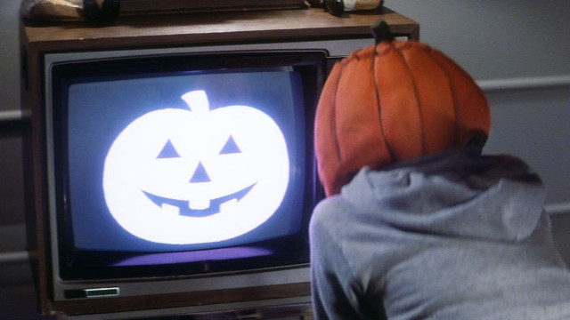 movie, halloween, best, picks, classics, last shift, the ghost and mr. chicken, always watching, horns, the stranger, we are still here, lost after dark, gravy, wyrmwood, a christmas horror story, deathgasm