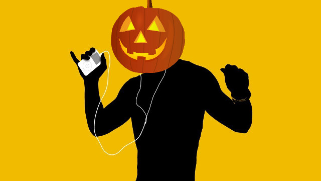 podcast, spooky listening, halloween, horror, itunes